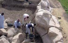 Encontrada Enorme Escultura do Faraó Amenófis III no Egito – Confira