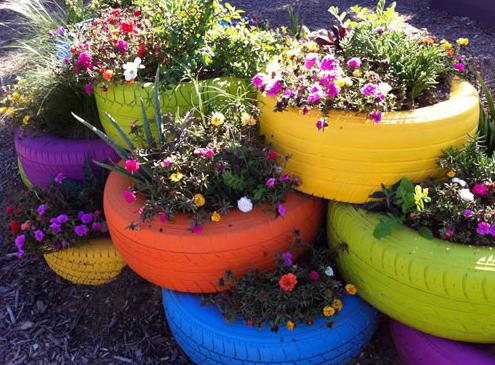 jardins com pneus Jardim de Pneus Coloridos Sobrepostos   Passo a passo