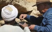 Descobertos no Egito Blocos de Pedra e Inscritos da Dinastia de XXII