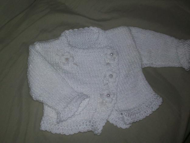 Casaquinhos de Bebê Feito à Mão - Confira Fotos e Modelos Enxoval 08bbb54b3e2