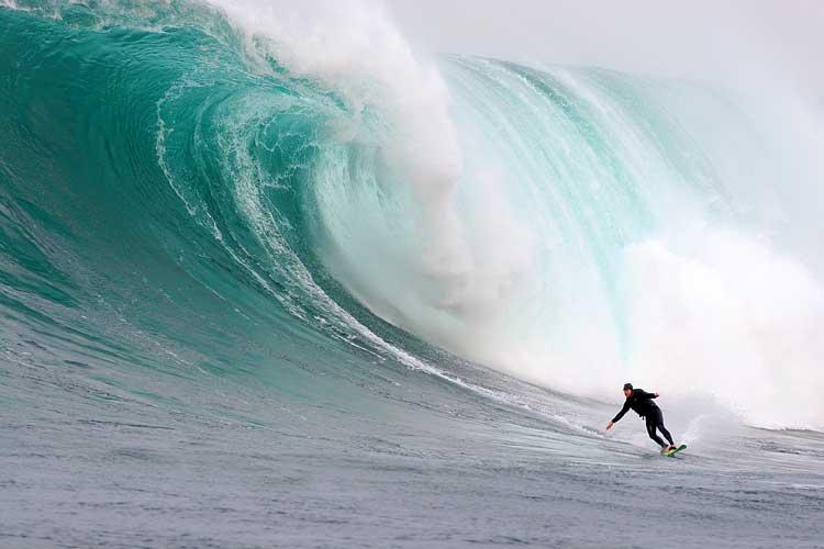 ondas altissimas Ondas Gigantes   Fotos das Maiores Ondas, Ideais para o Surf   Confira