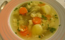 Receita de Sopa de Legumes Nutritiva e Saudável Passo a Passo-Confira