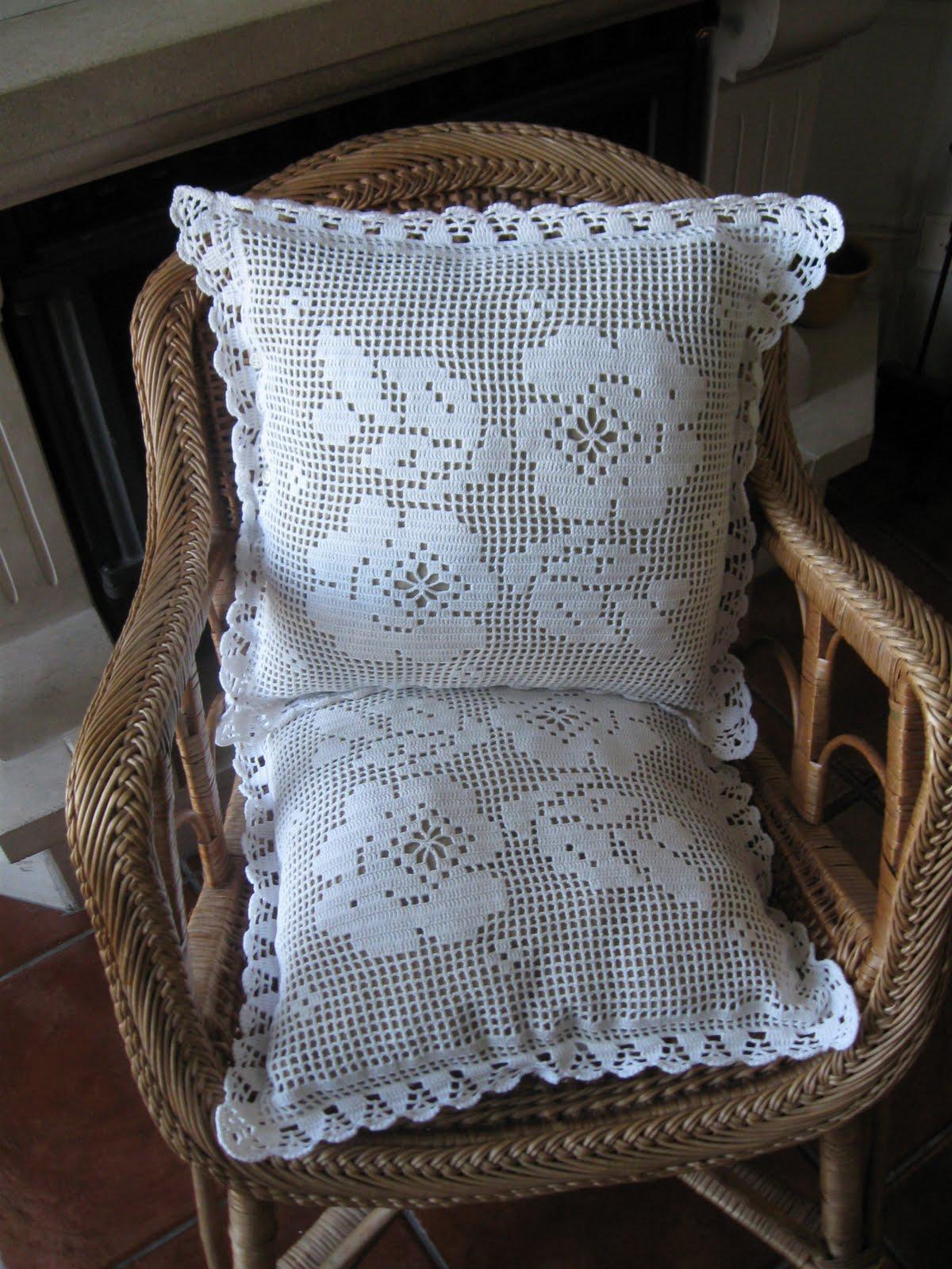 nosso blog somente divulga imagens de lindos modelos de almofadas em