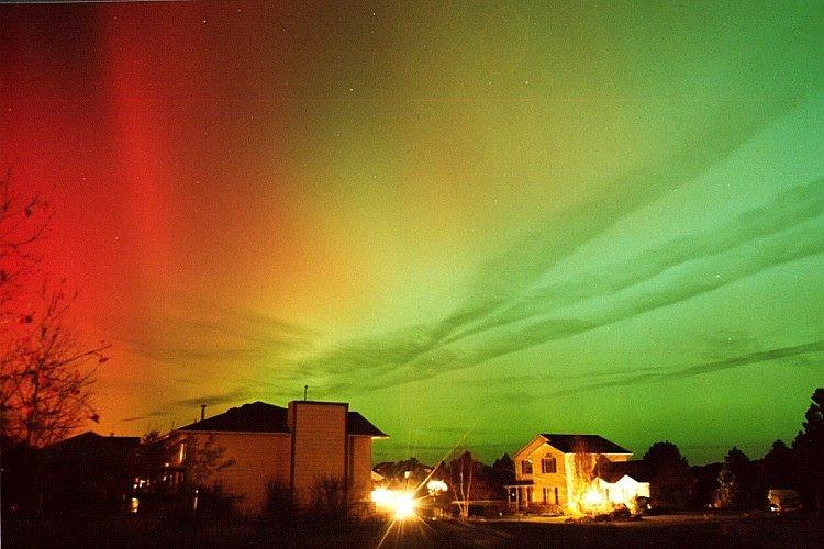 aurora boreal linda imagem Aurora Boreal e Aurora Austral: O que é, Causas, Diferença e Fotos