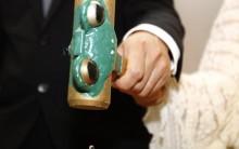 Cerimônia de Divórcio é feita no Japão – Noivos Comemoram fim da União