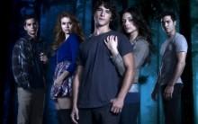 Série Teen Wolf Estreia em 03 de Agosto no Sony Spin, Allison e Sccot