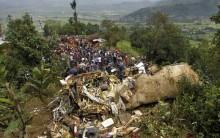 Cai Avião no Nepal em 25/09/11: 19 Mortos sem Sobreviventes, Fotos