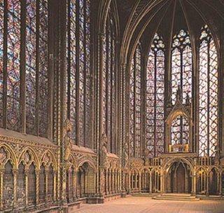igreja gotica Resumo sobre Arte Gótica: Arquitetura, Pinturas, Vitrais e Esculturas