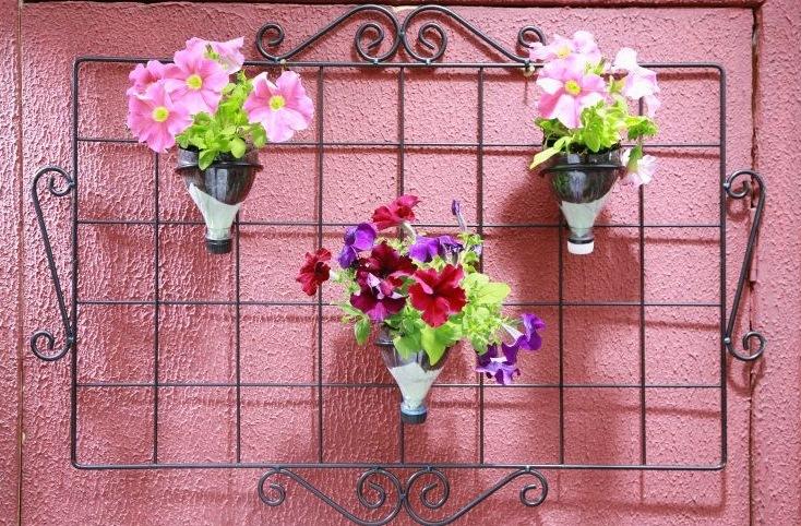 Pet Arranjos De Flores Feitos   Caixinha De Leite E Garrafas PET