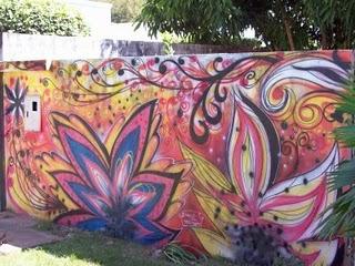 muro flores pintura Tipos de Pinturas para Muros de Casas: Modelos de Paisagens e Grafites