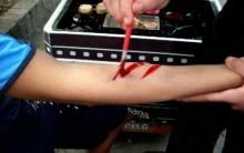 Como Fazer Maquiagem de Machucados e Cicatrizes para Halloween, Videos