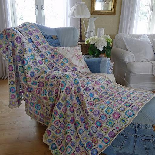 colcha de roseta croche colorida Colchas de Crochê em Barbante Crú e Colorido  Confira Fotos e Modelos