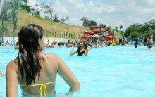 Melhores Parques Aquáticos do Brasil: Wet'n Wild, Hot Park e Cascanéia