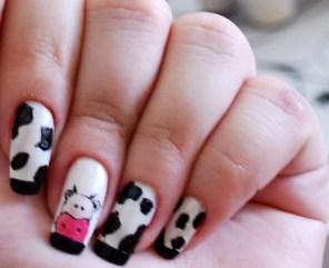 vaca nail art1 Nail Art de Animais: Fotos de Unhas com Desenhos de Vaca, Onça, Girafa