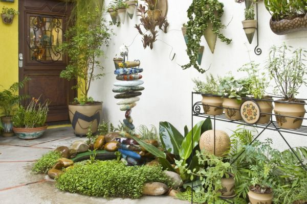 ideias jardins grandes:Tome cuidado com adubação, incidência de luz e não esqueça de