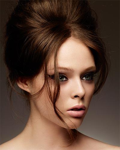foto penteado topete para noiva Penteados com Topete para Noivas: Lindos Modelos Presos e Soltos Fotos