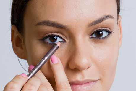 lapis olho Lápis de Olho Preto Macio: Como Usar, Looks Discretos e Marcados Fotos