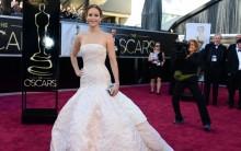Jennifer Lawrence: melhor Atriz Oscar 2013, Cai Palco, Fotos, Vídeos