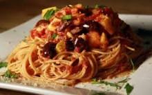 Espaguete Rápido com Linguiça Calabresa, Escarola e Tomate – Culinária