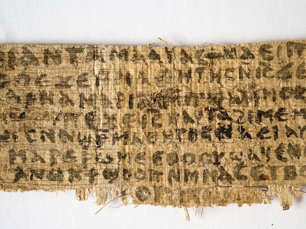 papiro-original-que-fala-sobre-esposa-de-jesus-