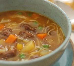 sopa-de-legumes-e-músculo-benefícios-das-sopas-