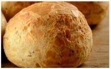 Receita de Pão de Queijo com Sementes Saudável